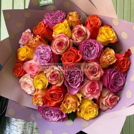 Букет из 31 цветных роз